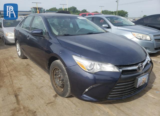 2017 TOYOTA CAMRY LE #1703458476